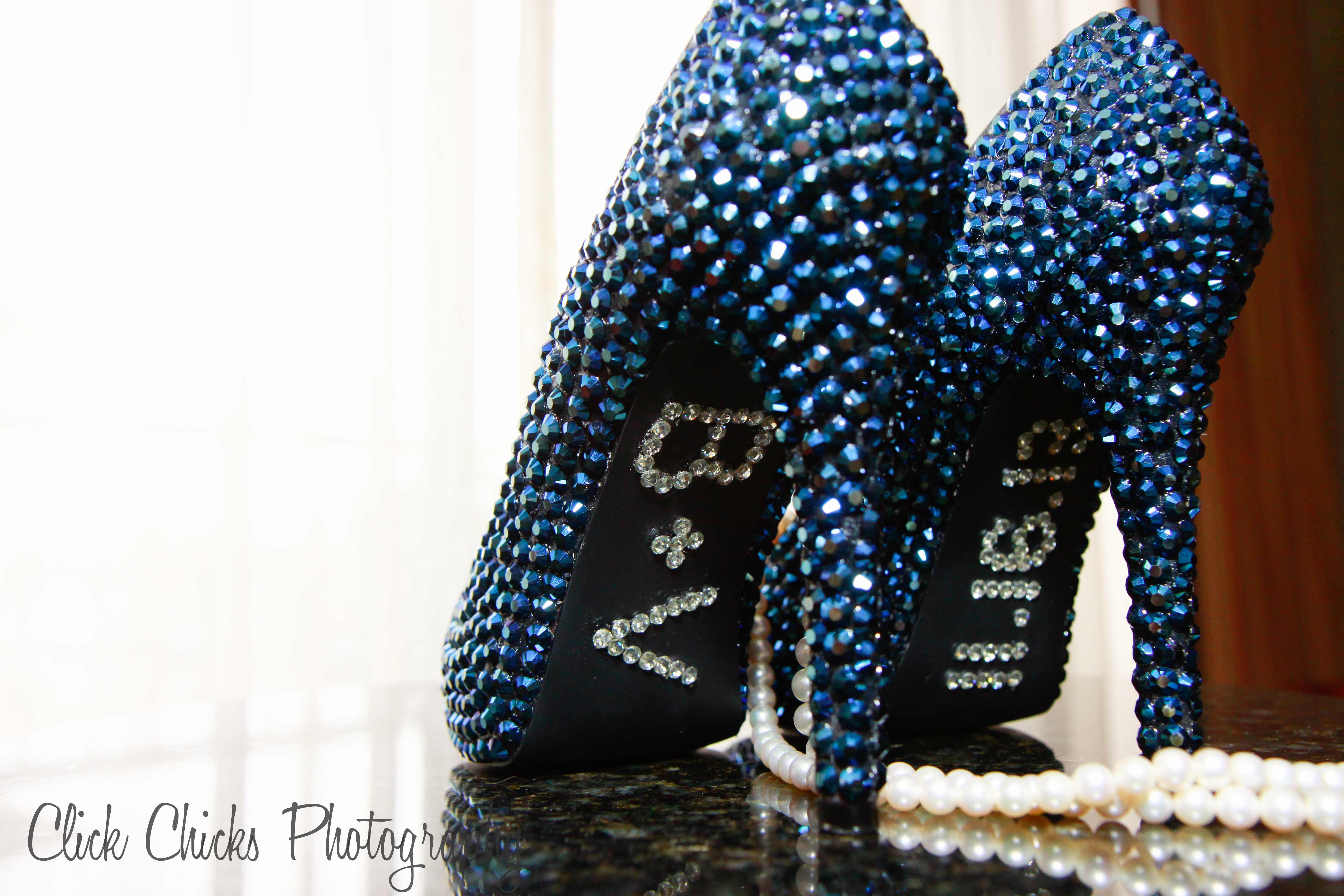 Blinged out bridal shoes « Click Chicks Photography Blog